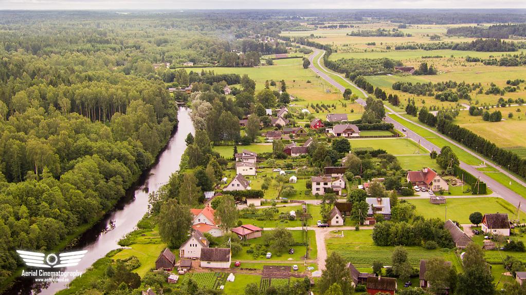 Jõgi ja tee Kohilast Loone suunal
